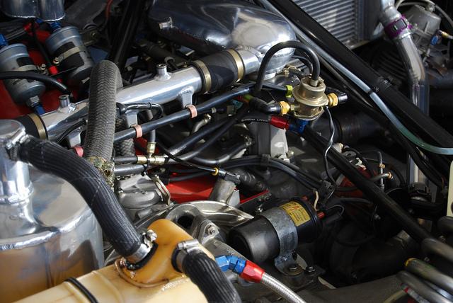 Porsche 956 engine and rear suspension